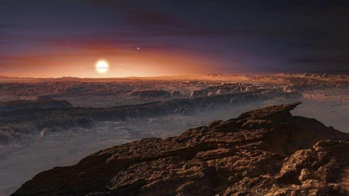 """منظر لسطح كوكب معروف باسم """"بروكسيما بي"""" في صورة غير مؤرخة نشرت الأربعاء"""