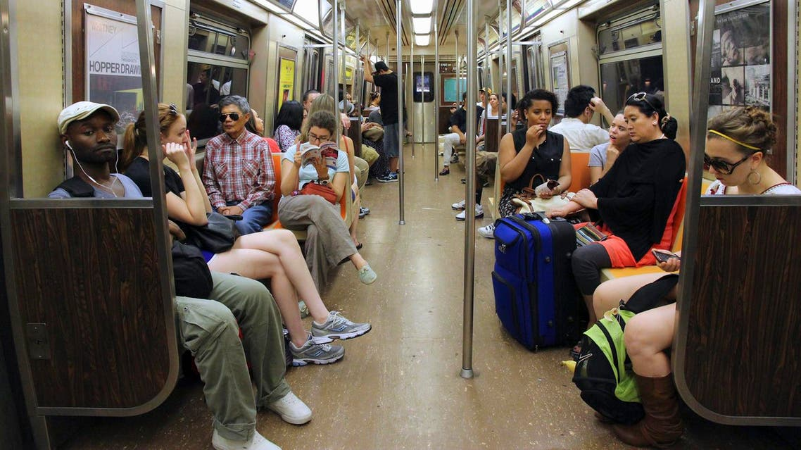 قطار الأنفاق نيويورك - آي ستوك
