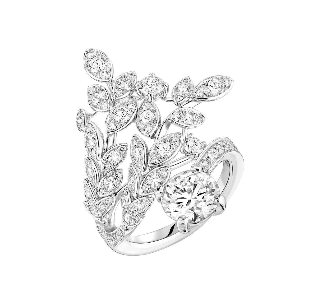 خاتم من مجموعة لي بلي دو شانيل