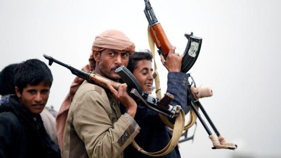 عناصر من قبائل موالية للحوثيين في صنعاء