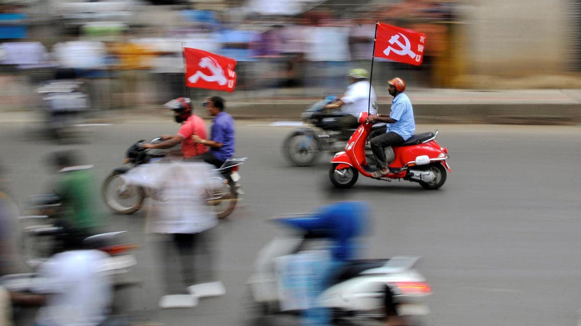 Workers from different trade unions ride motorcycles during a protest rally, as part of a nationwide strike, in Bengaluru, India September 2, 2016. (Reuters)