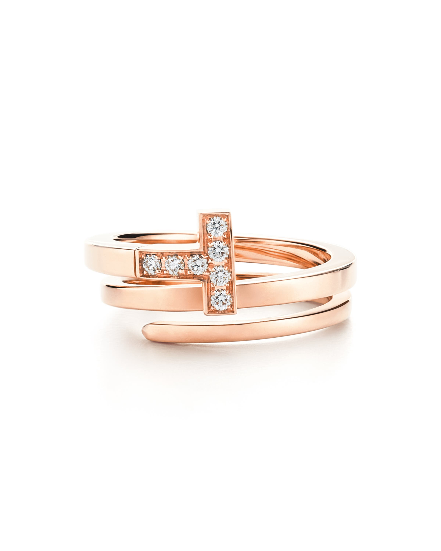 خاتم تيفاني تي الملتفّ مصنوع من الذهب الوردي والماس