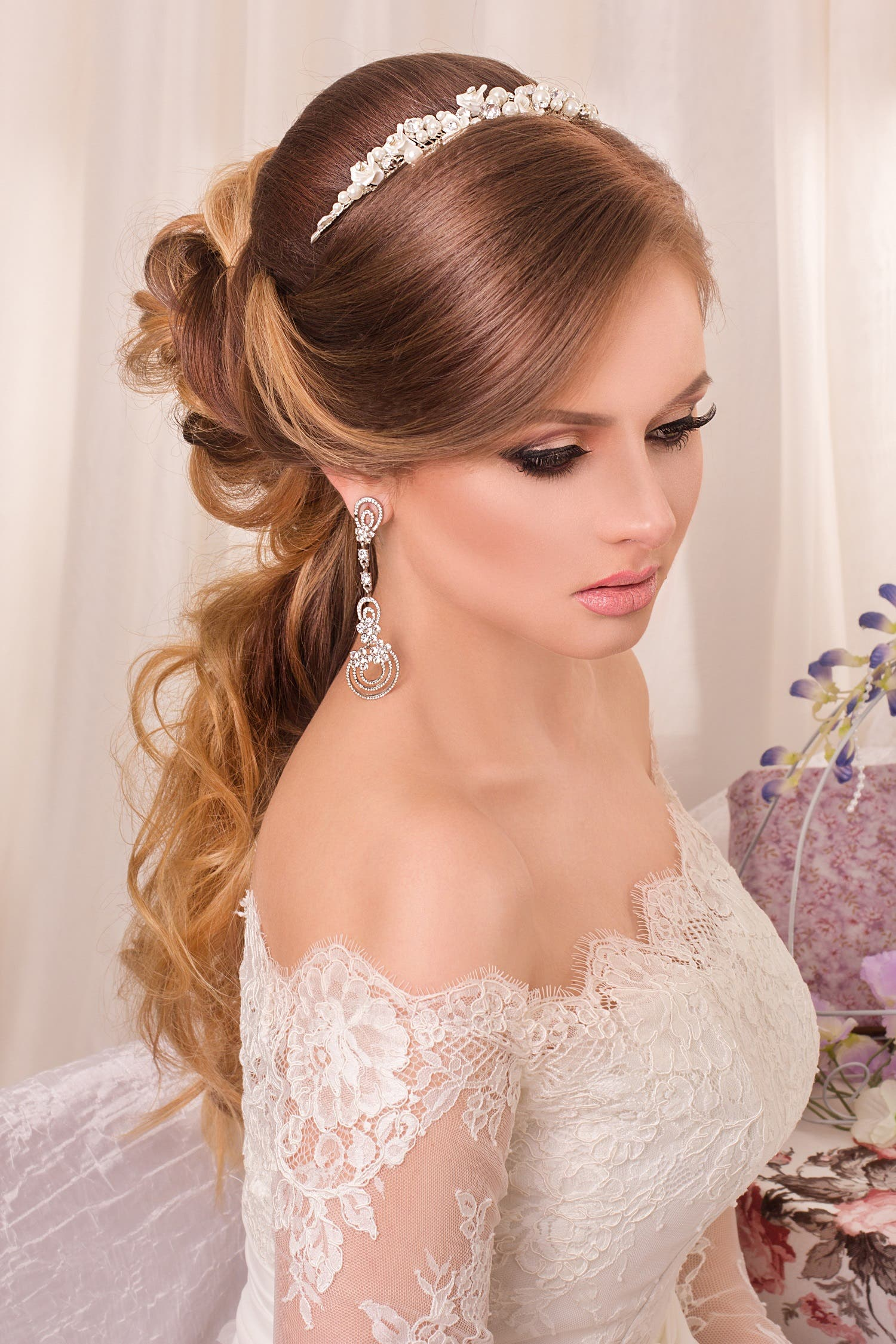 choosing the perfect hairstyle to match your wedding dress - al
