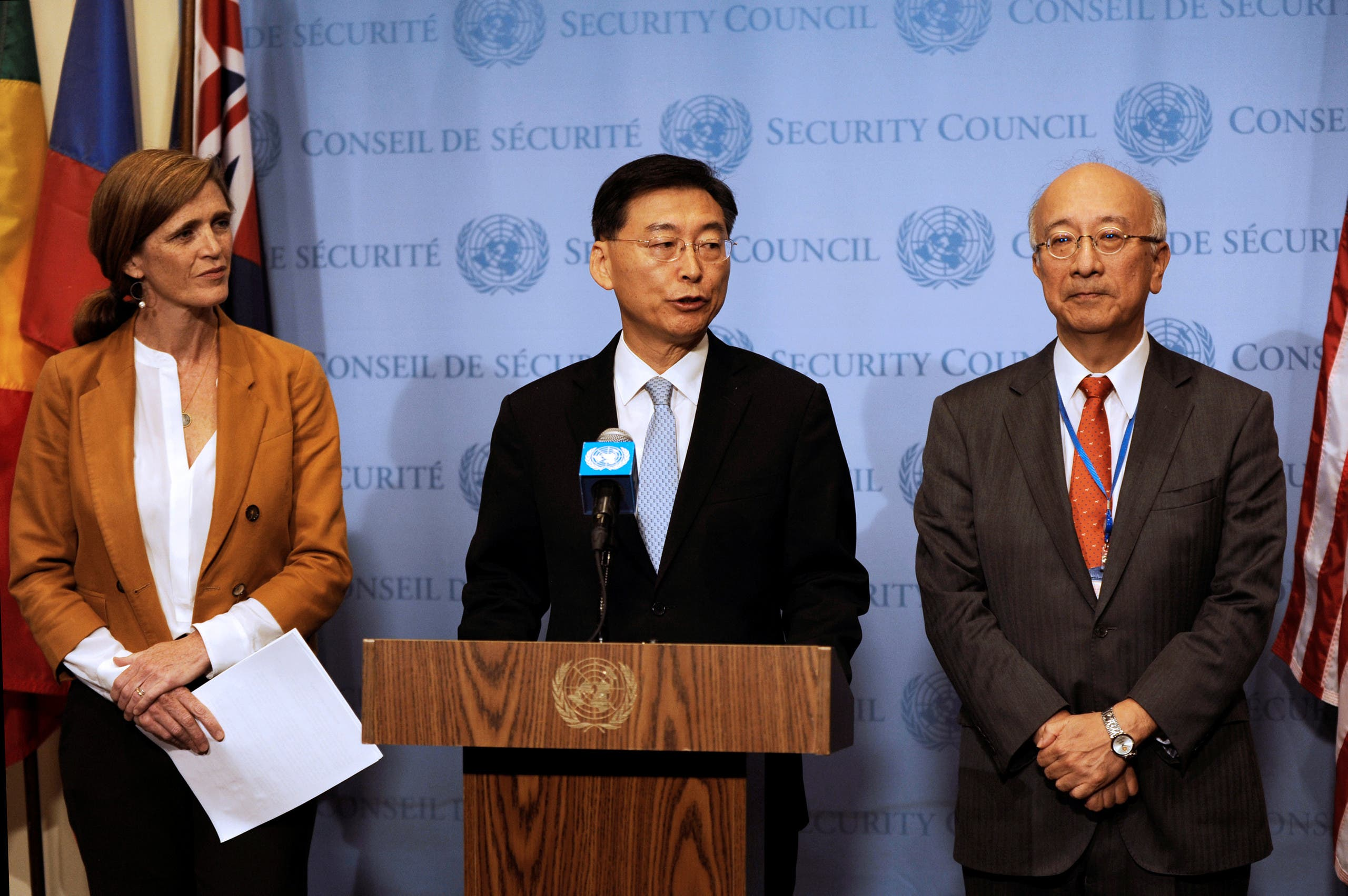 South Korean Ambassador Hahn Choong-hee (C) speaks to the press next to Japanese Ambassador Koro Bessho (R) and U.S. Ambassador Samantha Power following the United Nations Security Council closed door meeting to discuss the latest missile launches by North Korea at the United Nations in Manhattan, New York, U.S., September 6, 2016. REUTERS/