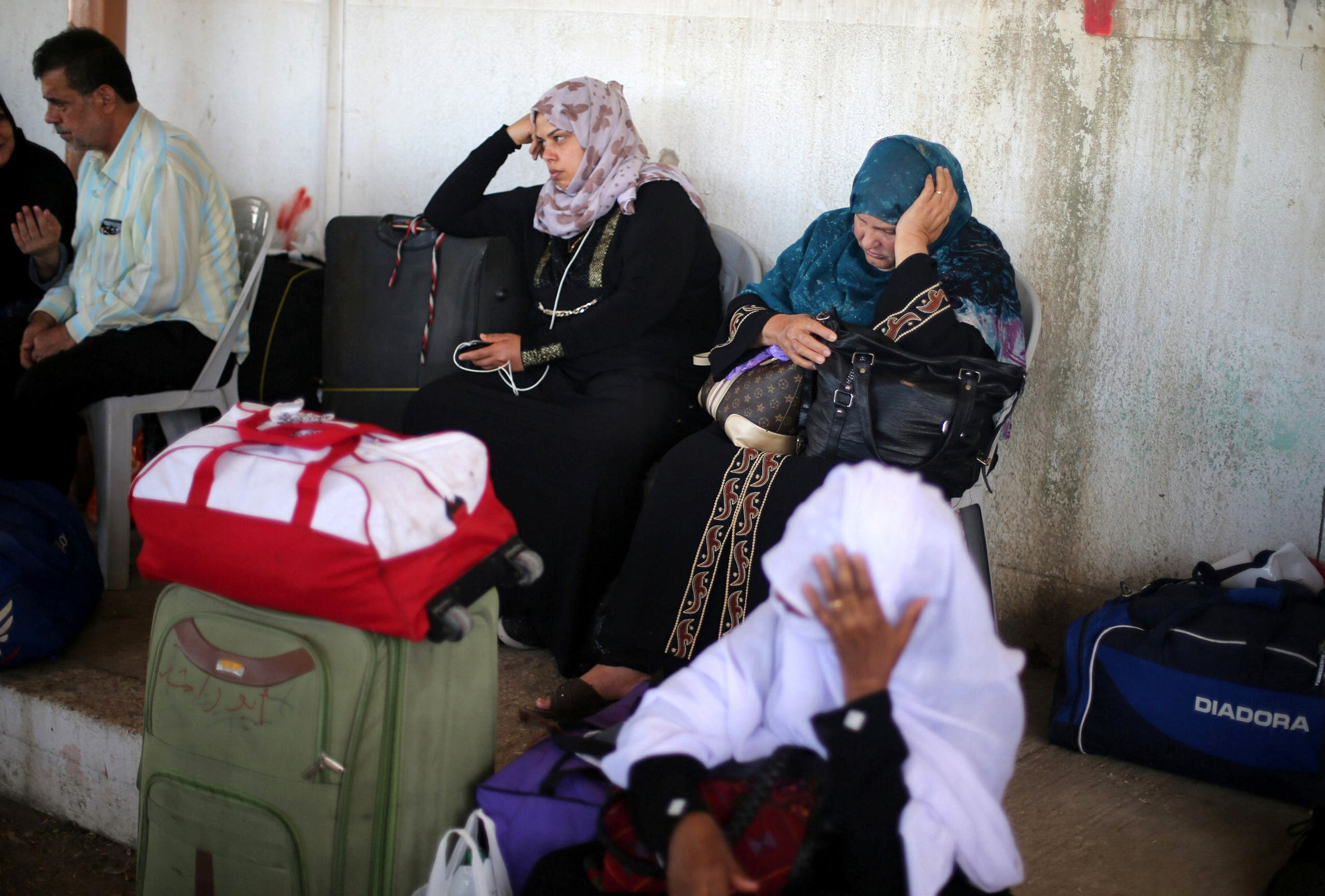 Egypt opens Rafah crossing with Gaza