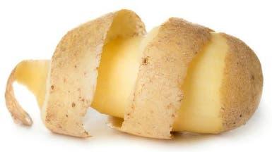 أرجوك لا تتخلص من قشر البطاطا.. فله 6 فوائد ذهبية