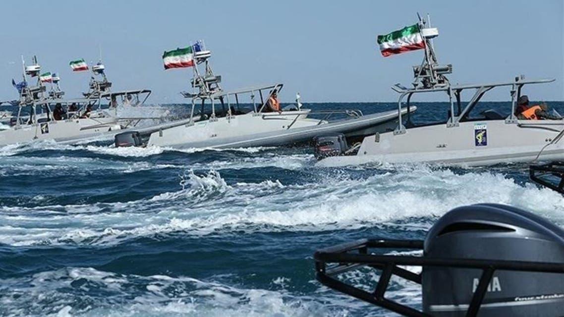 اقتراب زوارق ايرانية غيراتن من الاسطول الاميركي 3