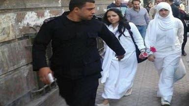 ما علاقة كلينتون بآية حجازي التي برأتها مصر؟