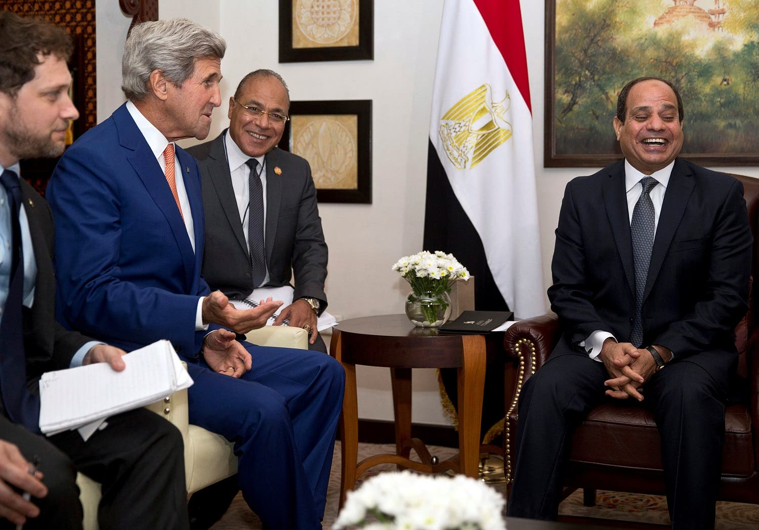 US Secretary of State John Kerry (2nd L) meets Egypt's President Abdel Fattah al-Sisi in New Delhi. (Reuters)