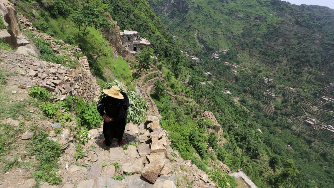 Daily life on a mountaintop in war-torn Yemen