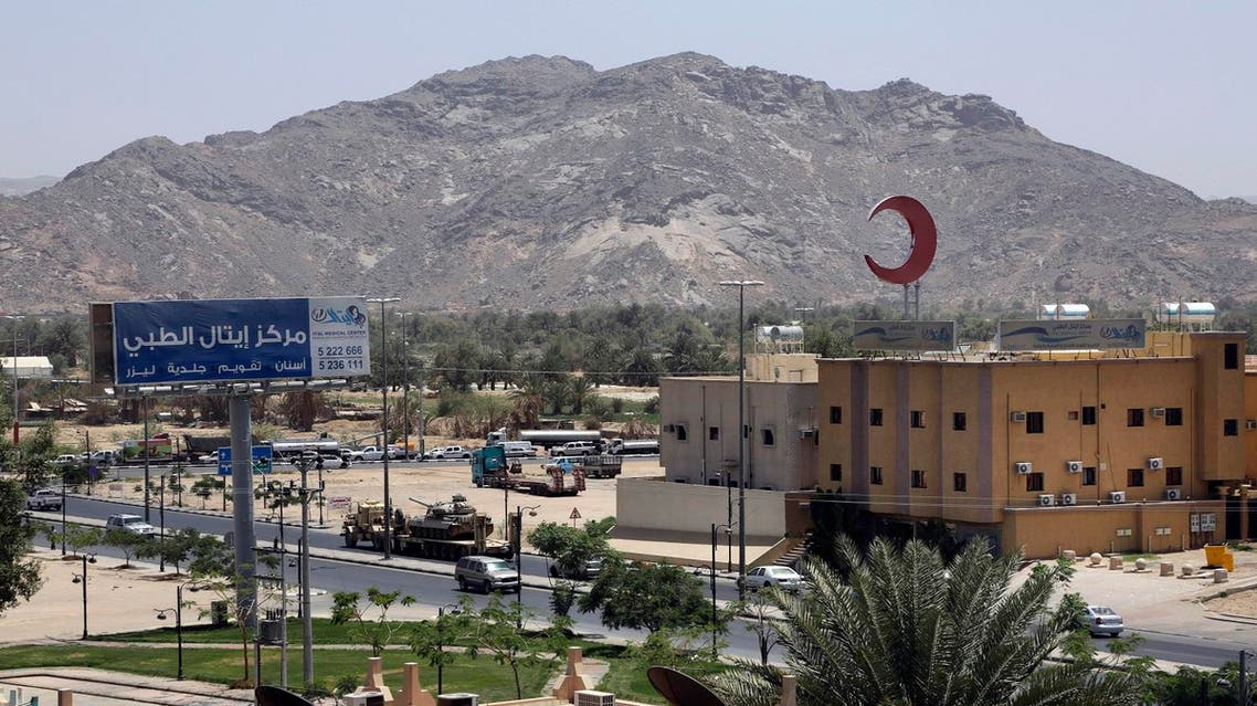 This photo shows an army tank being transported, in the city of Najran, Saudi Arabia, near the border with Yemen on April 23, 2015. (AP)