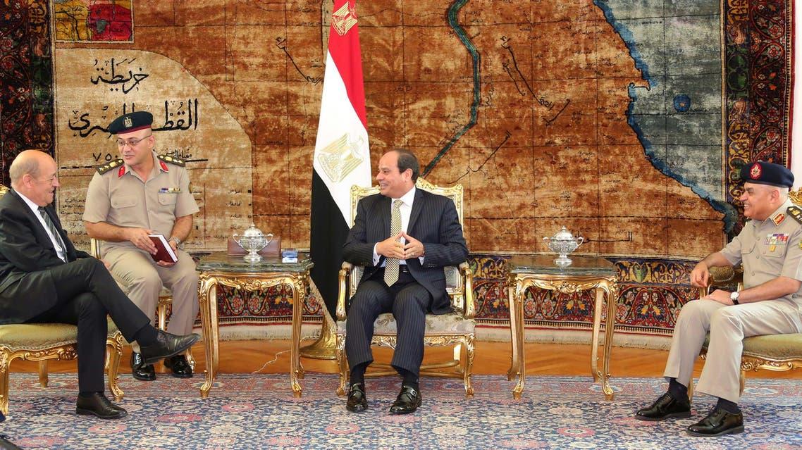الرئيس المصري ووزير الدفاع الفرنسي 3
