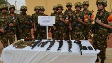 جيش الجزائر يقبض على 5 ليبيين بحوزتهم أسلحة