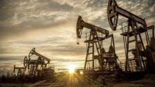 النفط يهبط بعد زيادة مفاجئة بمخزونات الخام الأميركية