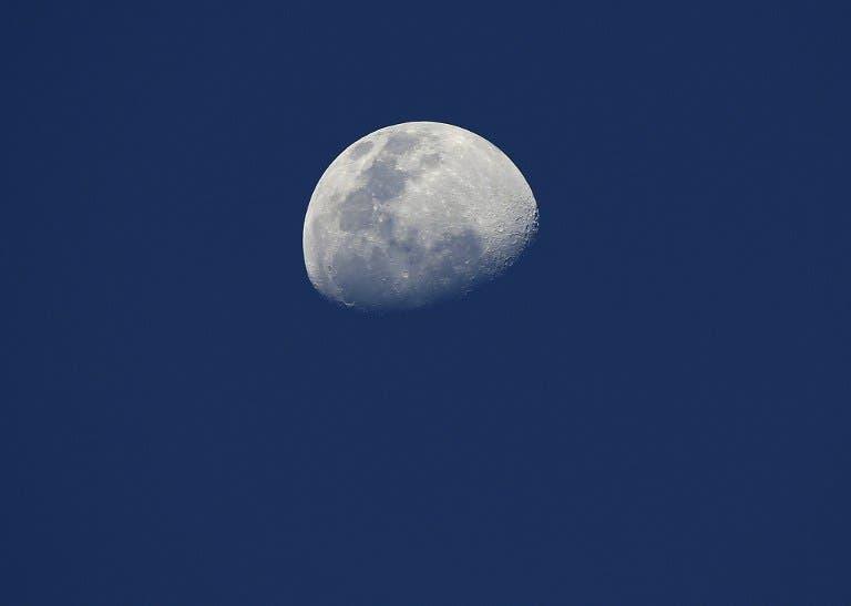 القمر غير مكتمل له دلالات أيضاً حسب تلك المعتقدات