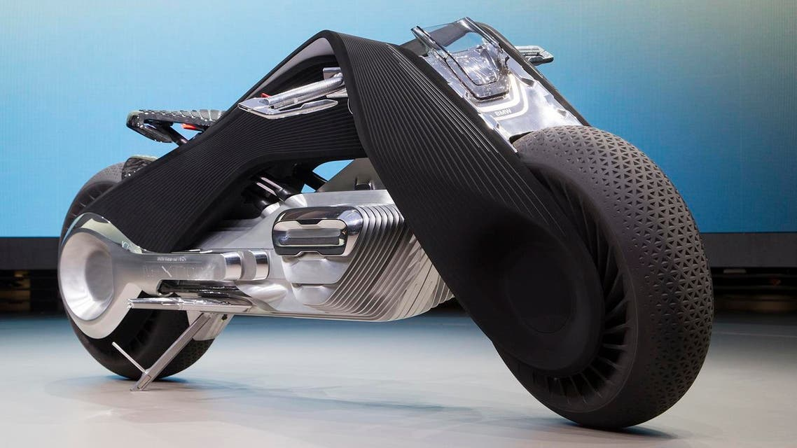 The self-balancing BMW Motorrad VISION NEXT 100 concept motorcycle is unveiled on October 11, 2016 in Santa Monica, California. (AFP)