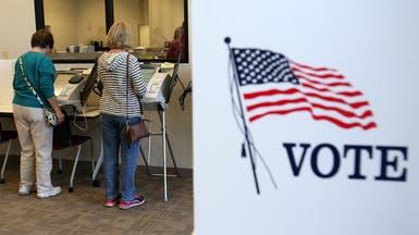 بدء التصويت المبكر بولايات أميركية في السباق الرئاسي