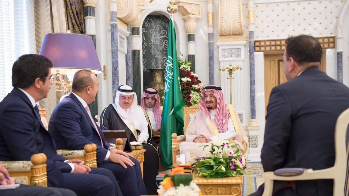 Custodian of the Two Holy Mosques receives Turkish Ministers of Foreign Affairs and Economy (SPA) 12-01-1438 AH