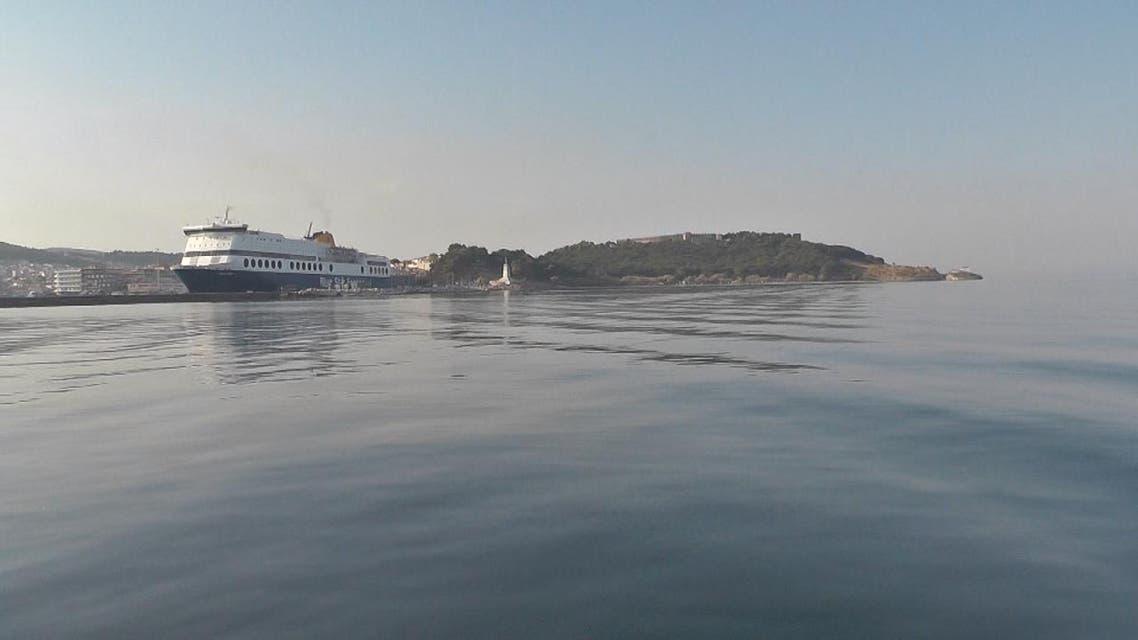 THUMBNAIL_ العربية ترصد التغييرات على شواطىء اليونان