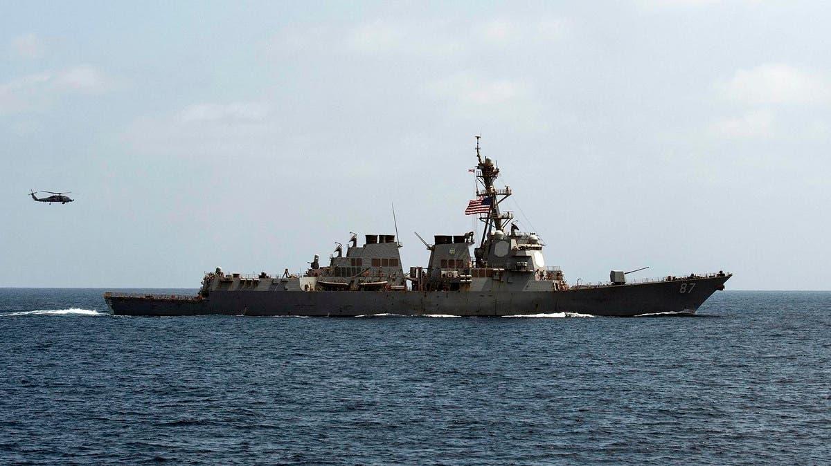 تحرش بالبحر.. قوارب إيرانية ضايقت سفينتين أميركيتين في الخليج
