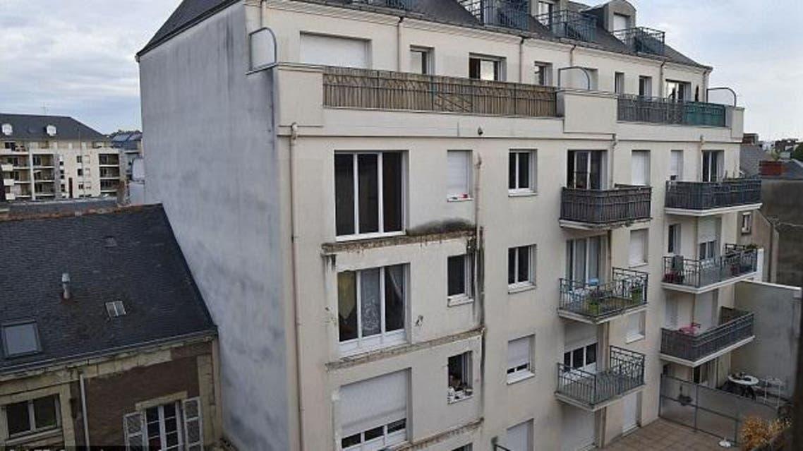 انهيار شرفة مبنى في فرنسا