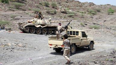 اليمن.. الانقلابيون يقصفون مواقع الجيش الوطني في تعز