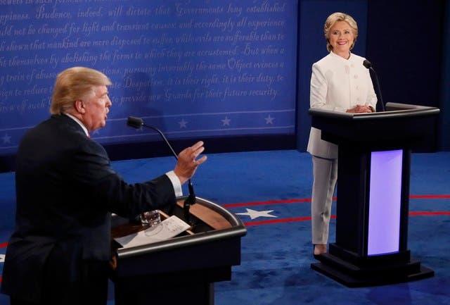 هيلاري وترامب خلال المناظرة الثالثة والأخيرة