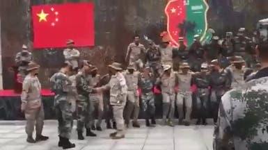 بالفيديو.. صينيون يرقصون على أنغام الشيلة!