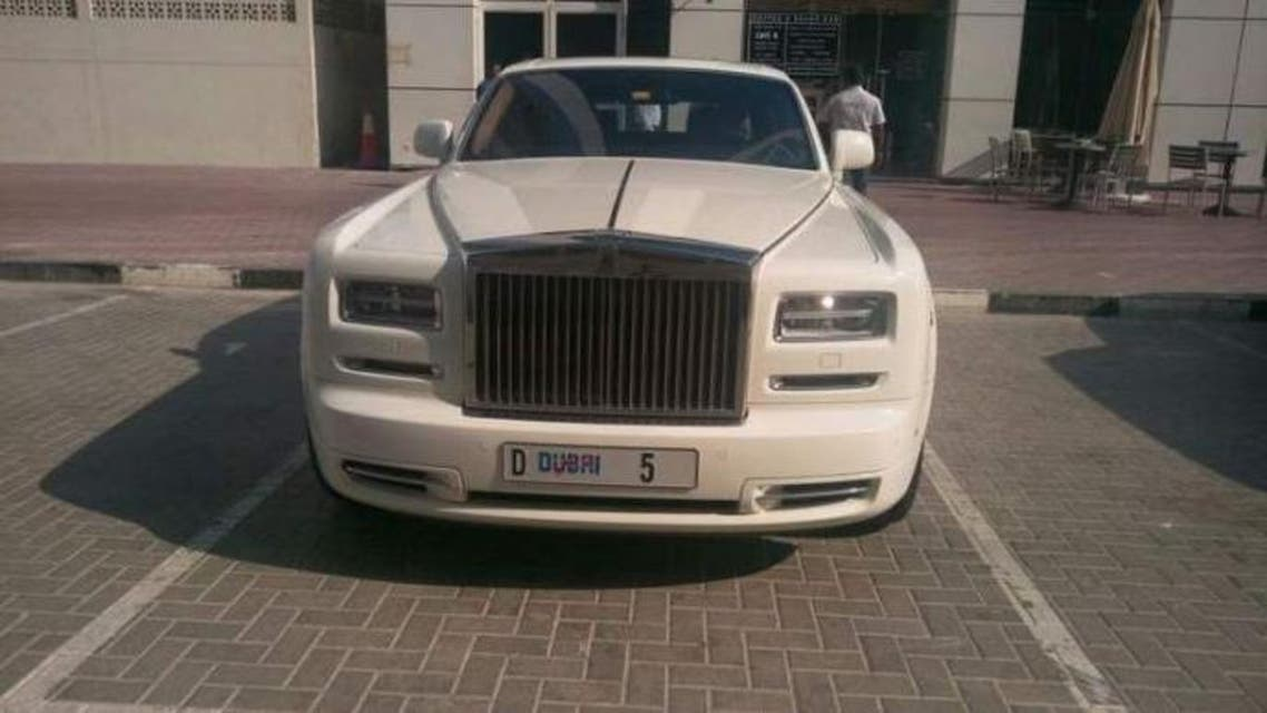 A video showed businessman Balwinder Sahni's D5-branded Rolls-Royce parked in the disabled bay outside Aspen Tower on Shaikh Zayed Road. (via Instagram)