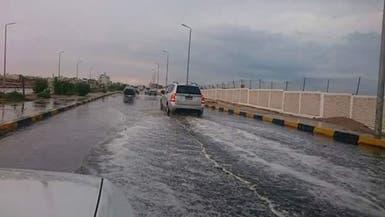 بالصور.. سيول تغرق مناطق بجنوب مصر