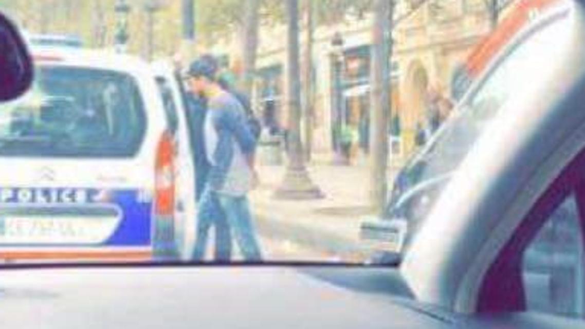 سعد المجرد أثناء القبض عليه في باريس