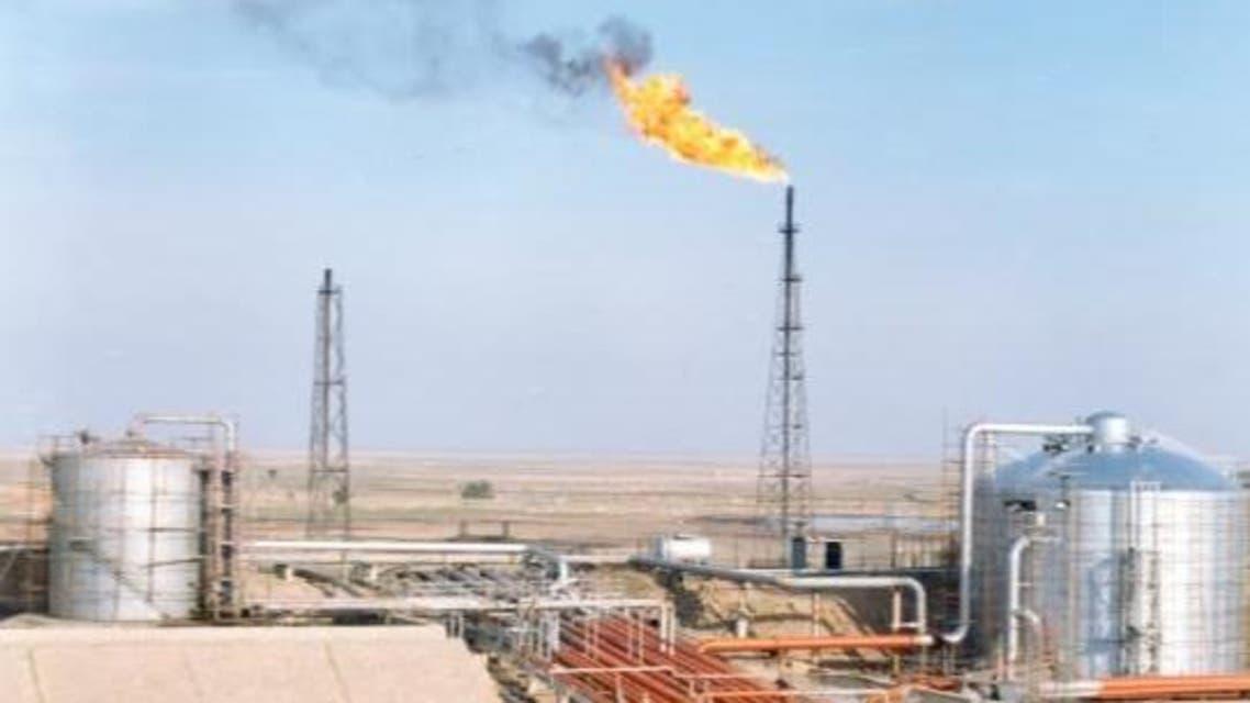 حقل آزادكان النفطي بمنطقة الأهواز