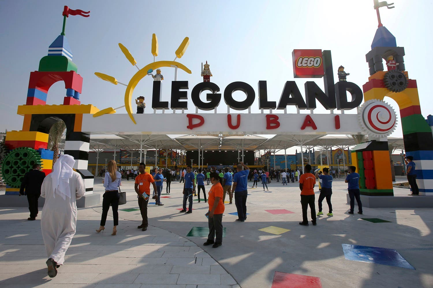 People arrive for the opening of Legoland Dubai, part of the larger Dubai Parks & Resorts project, in Dubai, United Arab Emirates, Monday, Oct. 27, 2016 (Photo: AP/Kamran Jebreili)