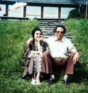 مصطفى محمود وزوجته