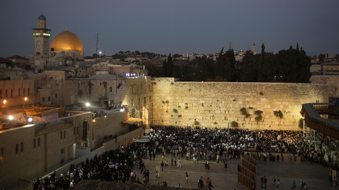 يهود يستبيحون ساحة البراق في المسجد الأقصى - فرانس برس