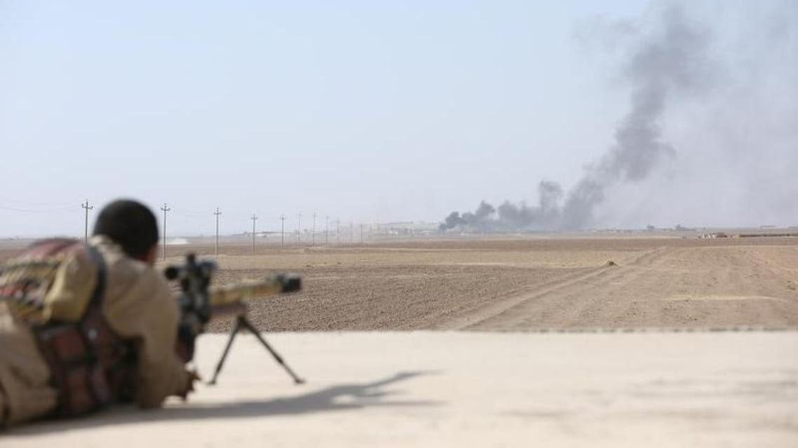 Smoke rises at Islamic State militants' positions southwest of Mosul, Iraq October 31, 2016. reuters