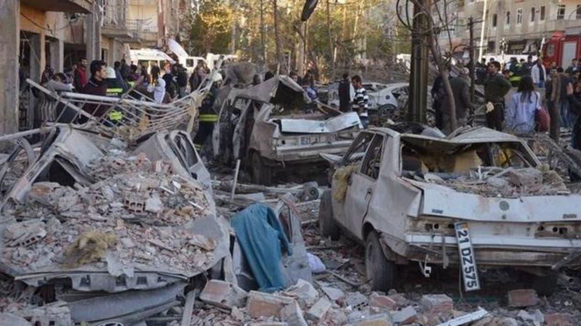 من انفجار سيارة مفخخة في ديار بكر تركيا