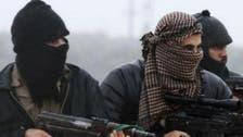 """""""جوتے اور پاسپورٹ"""".. القاعدہ جنگجوؤں کو بھگانے کے لیے ایران کی لاگت"""