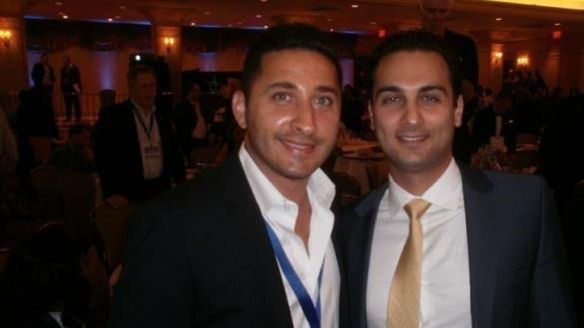 ديفيد بيمان (يمين) مع جوني يعقوب زاده أحد مؤسسي جمعية اليهود الإيرانيين في أميركا