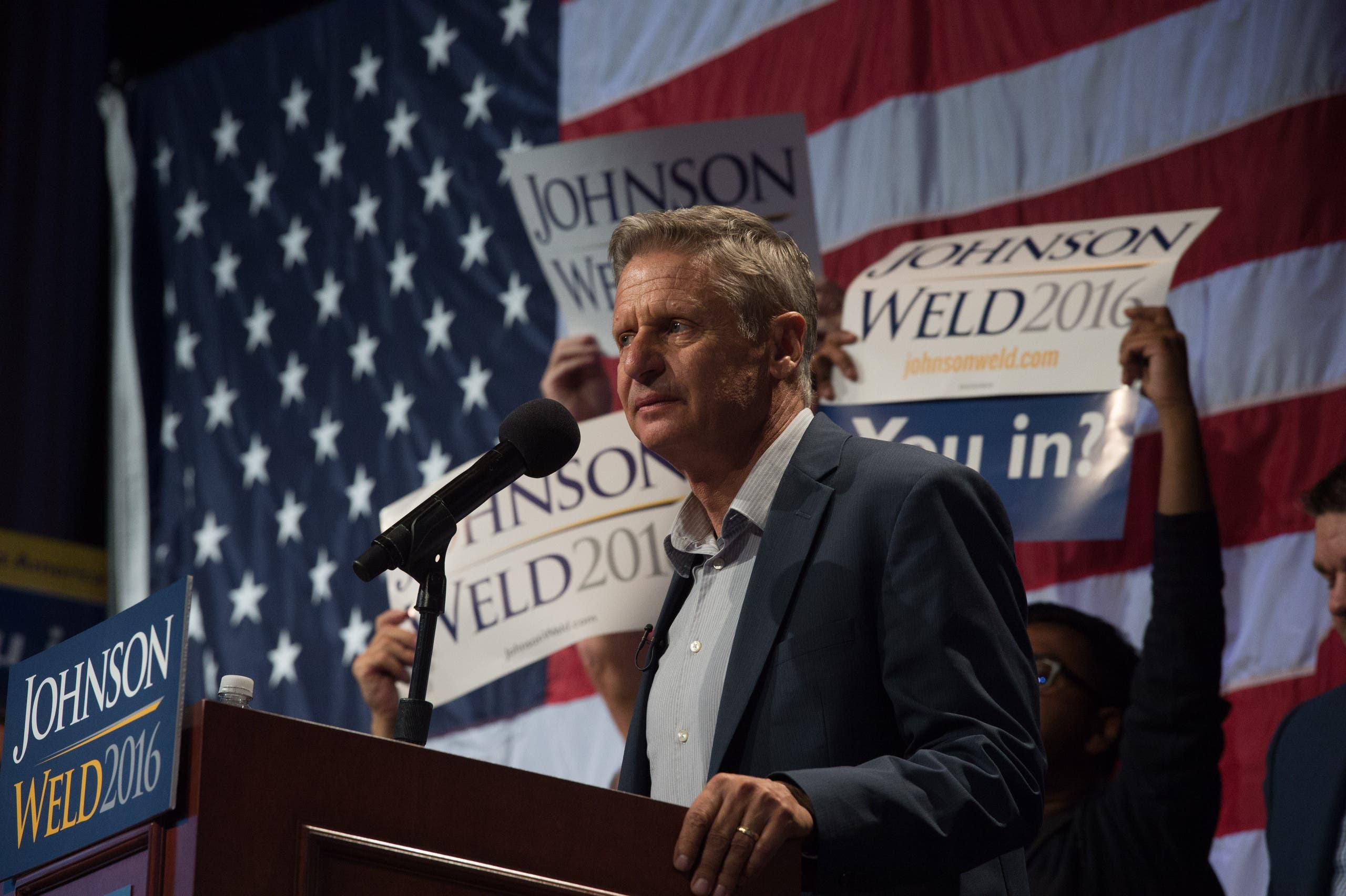 غاري جونسون خلال أحد مؤتمراته الانتخابية