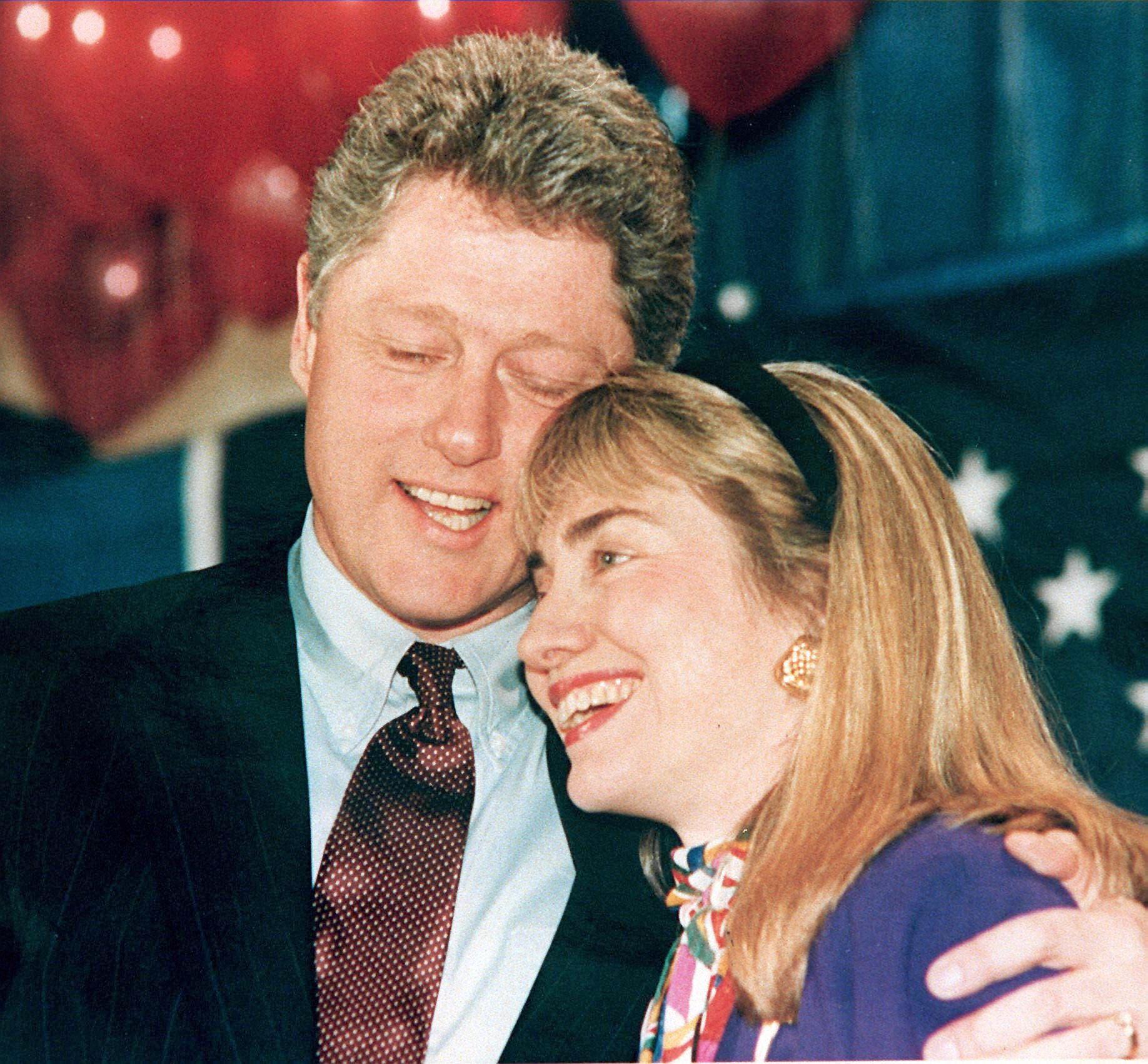 بيل وهيلاري خلال حملة بيل للرئاسة في 1992