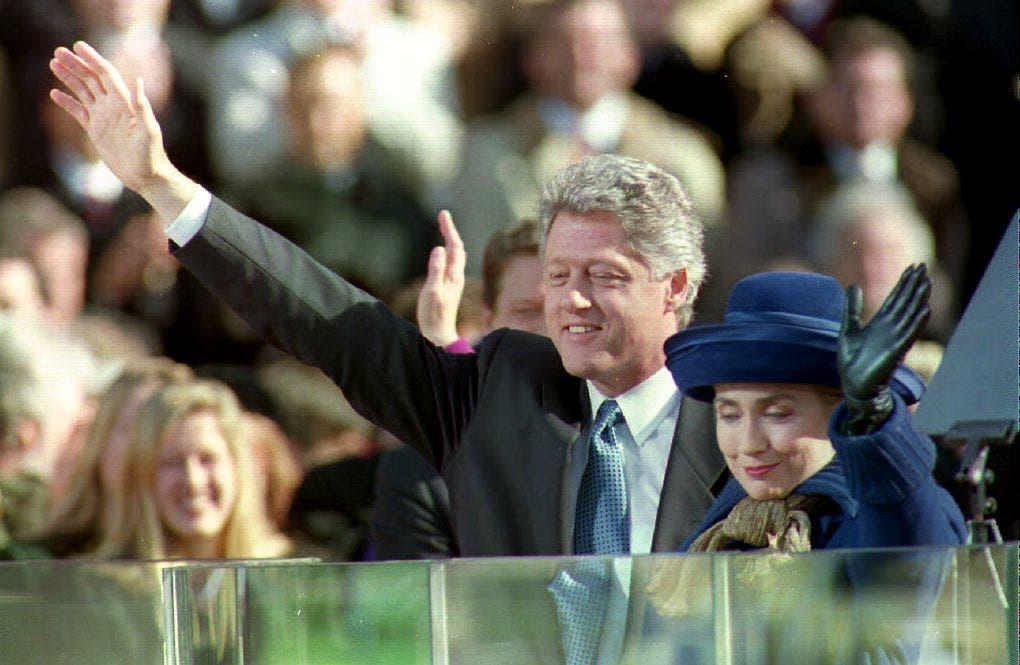 خلال القائه خطابه الرئاسي الأول في 1993