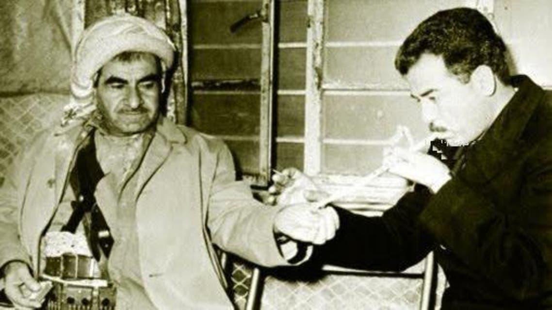 الرئيس العراقي الراحل صدام حسين وملا مصطفى