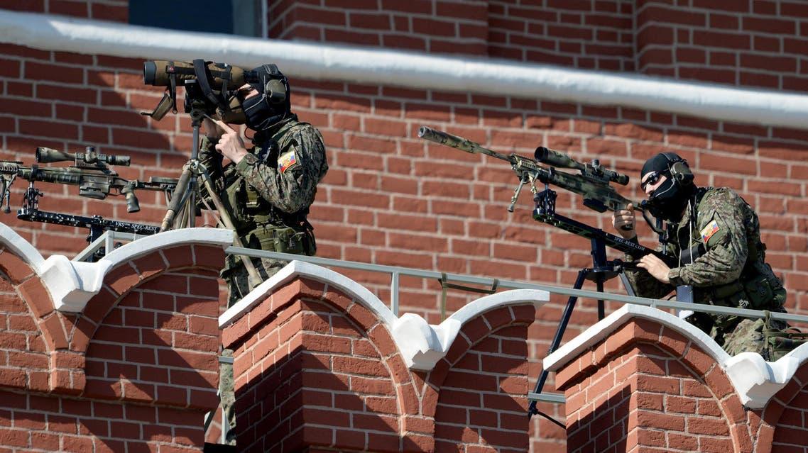 russia mpscow Snipers of FSO (Federal Security Service) secure Moscow's Red Square قناصة من هيئة الأمن الاتحادية في الساحة الحمراء موسكو روسيا