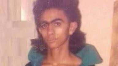 تامر حسني يرد على الساخرين من صورته القديمة