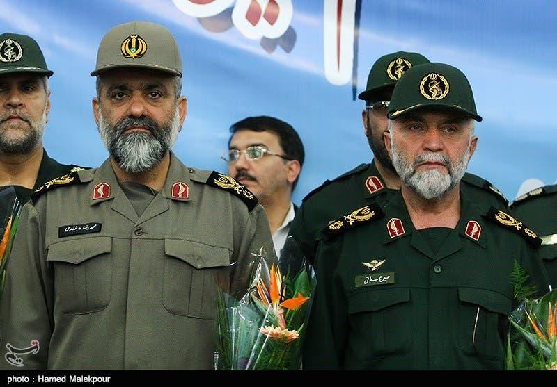 نقدي وبجانبه حسين همداني قائد الحرس الثوري الذي قتل في سوريا