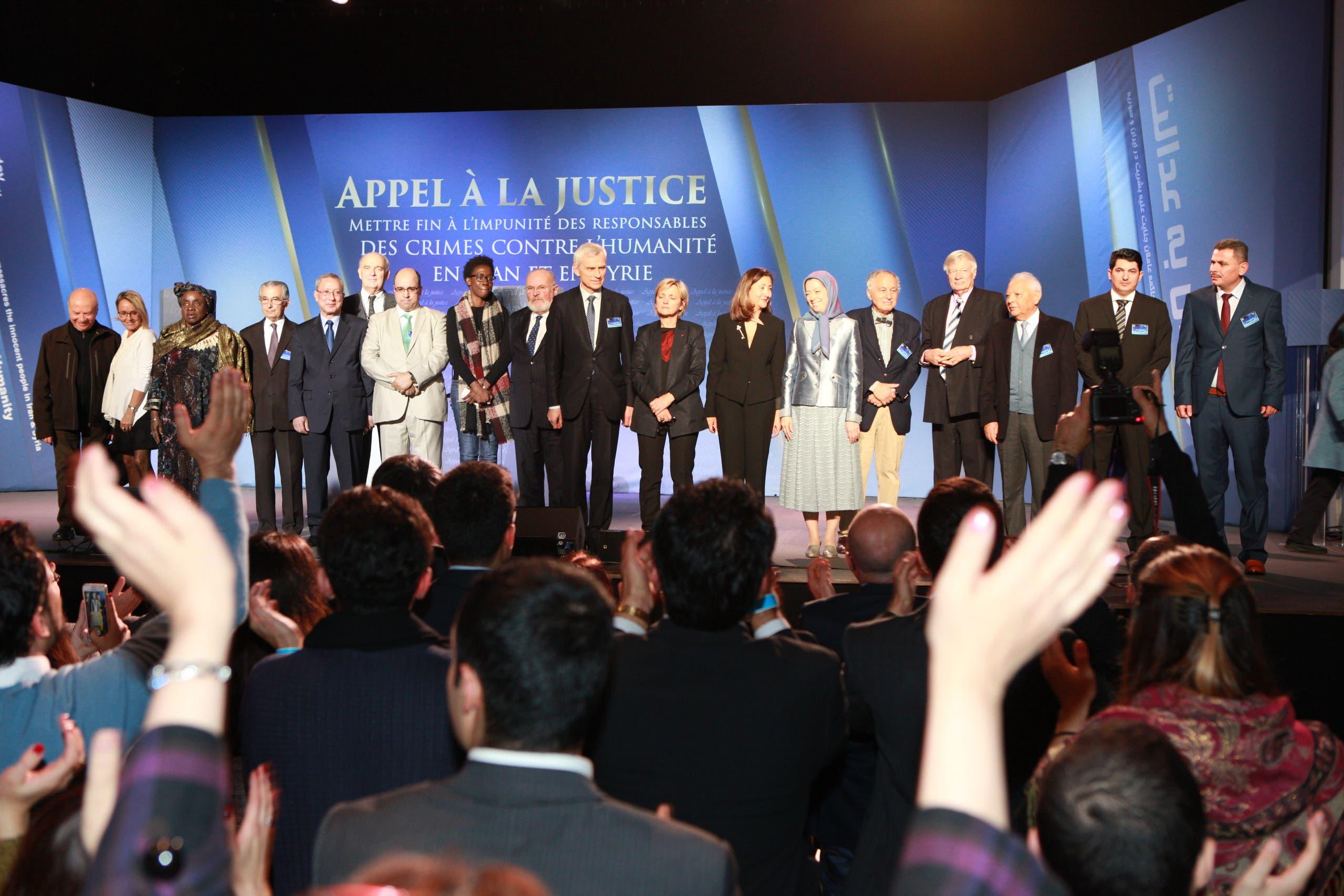 لقطة تذكارية للمشاركين