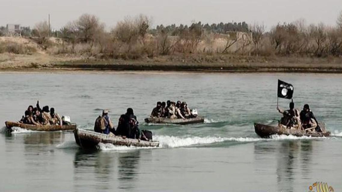 صور سابقة لعناصر داعش في دجلة العراق