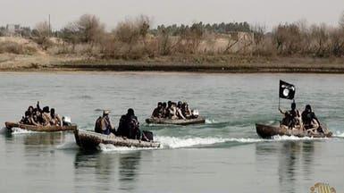 الموصل.. داعش يستخدم الزوارق للتنقل بين جانبي المدينة