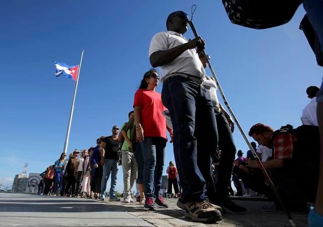 الكوبيون لن يحظوا بمشاهدة الصندوق الذي يحوي رماد كاسترو